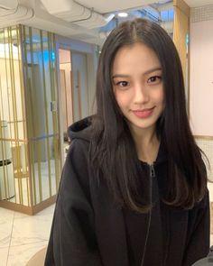 Blackpink Fashion, Fashion Poses, Korean Actresses, Actors & Actresses, Korean Girl, Asian Girl, Kdrama Actors, Cute Makeup, Celebs