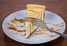 Karamelový cheesecake Cheesecakes, Food And Drink, Baking, Tableware, Dinnerware, Bakken, Tablewares, Cheesecake, Dishes