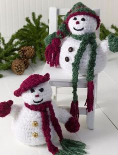 Decorate your home for the winter holidays and complete a fun crochet pattern project at the same time. This Mr. and Ms. Snowman crochet pattern is cute and makes for great gifts.