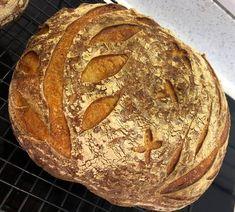Könnyű kovászos kenyér Sourdough Bread, Artisan Bread, Bread Baking, Recipe Box, Food Art, Kenya, Yummy Food, Sweets, Homemade