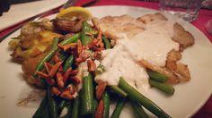 Link in bio#thatchillaxdude  Friday fish night!  #followyourarrow #travel  #travelbug #travelblog #travelgram #wanderlust #notallwhowanderarelost #wander #love #instalike #instatravel #like4like #followme #passportready #nationalgeographic #natgeo #photography #holiday #tourism #travelblogger #worldtravel #buencamino #love #happy  #foodporn #dinner #fish #sole #homemade #delicious