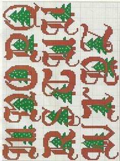"""Bom dia meninas e meninos! Hoje trouxe para vocês os gráficos """"Monogramas de Natal em Ponto Cruz"""". São quatro maravilhosos alfabetos com ..."""