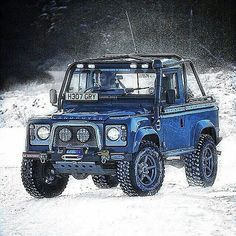 Land Rover Defender 90 Td4 pickup. It has captured more magnificent action in wales.