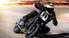 Foto de Yamaha T-Max 530 Hyper Modified por Roland Sands Yamaha Motorbikes, Yamaha Motorcycles, Custom Motorcycles, Custom Bikes, Yamaha Cafe Racer, Cafe Racers, Yamaha Tmax, Roland Sands, Bike Builder