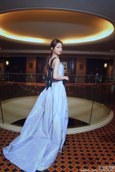 Zhao Li Ying Chinese Model, Chinese Style, Chinese Fashion, Liu Shishi, Zhao Li Ying, Asian Kids, Queen Dress, Asian Celebrities, Asian Beauty