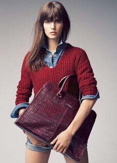 Bordeaux tas, jeans overhemd + trui