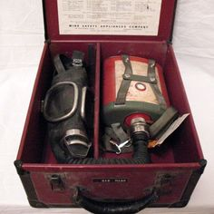 Vintage Mine Safety Gas Mask 1940s