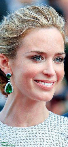 #Emily #Blunt♔ Cannes Film Festival 2015 Red Carpet ♔ Très Haute Diva ♔