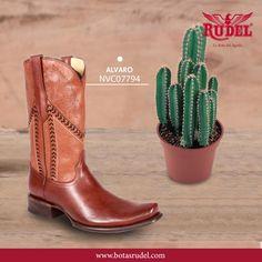 Compra tu bota #VaqueraAlvaro y cambia tu estilo de caminar con #BotasRudel. #Alvaro #fashion #cowboy #cowboys #Boots #Shoes #shoestagram #Bootsfordays #vaquera #botasvaqueras #hechoenmexico #martes #mx #consumelocal #artesanal #mexico #RudelVaBien #vaquero.