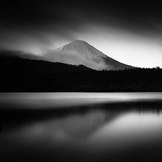 Fuji II by Hengki Koentjoro