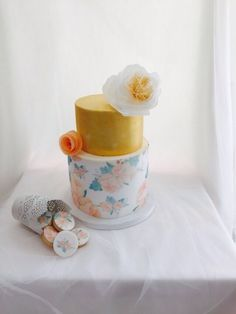 wafer paper wedding cake.Tarta de boda con papel de arroz