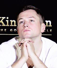 I want him Eggsy Kingsman, Taron Egerton Kingsman, Taron Egerton Gif, I Love Him, My Love, Australian Men, British Men, Hot Actors, People