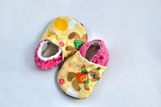 Soft Sole Baby Shoes Pink Cotton shoes for girl  by SweetSwaddle