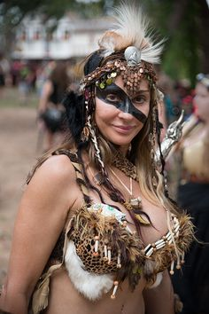 fantasy clothing for women | The Wenches, Women and Girls of the 2012 Texas Renaissance Festival