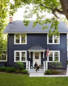 Design editor Michelle Adams puts down Midwest roots by creating the seaside home of her dreams—minus the water. For more details, see our story. Adams Homes, Casual Dining Rooms, Patio, Backyard, Walk In Pantry, Architectural Salvage, House And Home Magazine, Exterior Paint, Farmhouse Decor