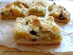 Kruche ciasto z rabarbarem, daktylami i kruszonką | Oryginalny smak