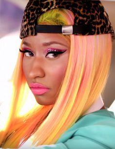 Nicki Minaj Rocks the Uneven Color Hair