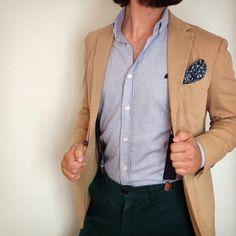 Acabamos de publicar un nuevo look en nuestra nueva sección web.  Que os parece este?  Camisa Oxford Celeste Shalp Pañuelo azul flores Pantalón verde Tirantes topitos azul  #dapper #preppy #moda #fashion #fresh #menstyle #menwear #lookoftheday #style #outfitman #stylish #outfit #instaphoto #shalpers #shalp