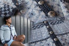Bilderesultat for kristin wiola odegard Fair Isles, Fair Isle Pattern, Knit Picks, Crochet Necklace, Charms, Winter Hats, Crochet Patterns, Vest, Knitting