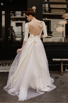 Wedding dresses from Paris by Bohème Rock Fairy Wedding Dress, Wedding Gowns, Polka Dot Wedding Dress, Vintage Dresses, Nice Dresses, Bridal Dresses, Bridesmaid Dresses, Brunch Wedding, Bridal Fashion Week