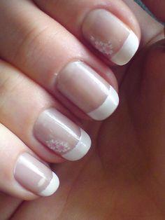 Gulchathaii: Hawaii Flower Nails #Nails #Manicure