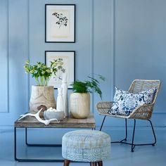 Due FR1371. Fargen er en elegant blånyanse. Dens nydelige blå tone gir oss en fornemmelse av vår kjære fredsdue. #Blå#Norgesfavorittfarge#Blått#soverom#stue#ideer#inspirasjon#Trebord#Rustikt#Fargerike#blue#livingroom#inspiration Accent Chairs, Colours, Furniture, Home Decor, Upholstered Chairs, Decoration Home, Room Decor, Home Furnishings, Home Interior Design