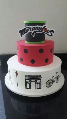 Bolo miraculous ladybug Can I get this cake?!??