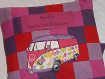 KultBus-Survivalkissen mit Decke und Zahnbüste:-)