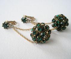 Vintage 50s Mid Century Hollywood Regency Goldtone Wheat Chain Emerald Rhinestone Crystal Bead Ball Dangle Earrings by ThePaisleyUnicorn, $10.00