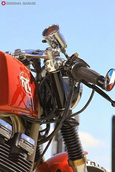 La Mala Pecora by NRT Classics http://goodhal.blogspot.com/2013/10/la-mala-pecora-by-nrt.html #GSX400 #LaMalaPecora #Motorcycle #NRTClassics #Suzuki