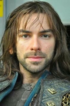 Aidan Turner as Kili ( The Hobbit) Fili Et Kili, Kili And Tauriel, Kili Hobbit, Aidan Turner Kili, Aiden Turner, Lotr, Army Costume, Jackson, The Hobbit Movies
