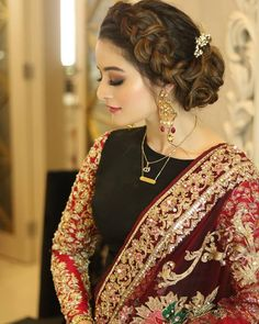 Ideas Hair Color Asian Eyeliner For 2019 - Hochzeit Pakistani Bridal Makeup, Pakistani Wedding Outfits, Bridal Outfits, Pakistani Dresses, Pakistani Hair, Pakistani Suits, Party Hairstyles, Bride Hairstyles, Indian Hairstyles