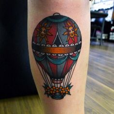 hannahlouiseclark:  Hot air balloon on Nicola, number 87, thank...
