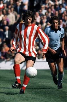 Get Helpful Tips About Football That Are Simple To Understand. Because it is so popular across the world, it is easy to see why so many want to learn all they can about football. Southampton Football, Southampton Fc, Retro Football, My Youth, Helpful Hints, 1970s, Legends, Saints, Kicks