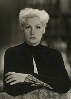 Blondie Greta Garbo, she looks beautiful even as a Blonde.