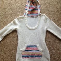 🎉🎉🎉 2 Light material sweaters Light material slim fit size medium hooded sweater.. and Arizona brand full zip baby blue in color size small sweater.🎉🎊👗👚👠🎶 Tops