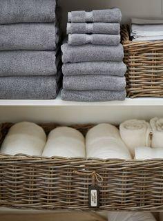 Cesto porta asciugamani