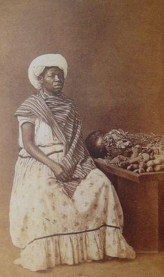 Marc Ferrez -1870/1880 - Brazil Antique Photos, Vintage Pictures, Old Photos, Photographs Of People, Vintage Photographs, Slavery History, Brazilian People, Images And Words, Ferrat