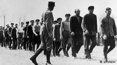 Kamp konsentrasi Oranienburg dijaga milisi SA (April 1933)