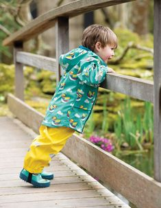 Frugi at Babipur. Get ready for puddle splashing with these reflective yellow Frugi Puddle Buster Trousers. Waterproof to HH and made with recycled plastic bottles, these waterproof children's trousers are packed with technical features. Mandarin Duck, Leg Cuffs, Wellington Boot, Wet Weather, Natural Rubber, Recycle Plastic Bottles, Friend Wedding, Ethical Fashion, Kids Wear