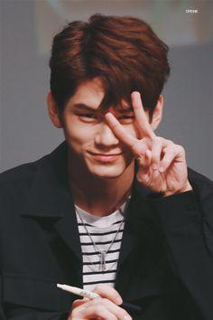 Wanna-One - Ong Seongwoo Ong Seung Woo, Baby Seal, Lee Daehwi, Kim Jaehwan, Ha Sungwoon, Fans Cafe, Incheon, Seong, 3 In One