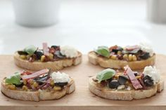Turkey ham and ricotta bruschettas