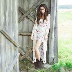 Dress and rugged boots. | Boho Circus - Bohemian Soul | Pinterest ...