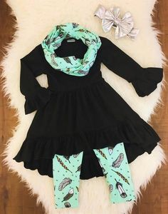 Black & Mint Feather Hi-Low Tunic Scarf Set