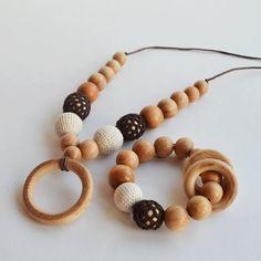 Cappuccino Nursing Jewelry Set, Baby Flower Necklace, Babyshower Girl, Baby Flower Bracelet, Mommy Charm Bracelet, Wooden Toddler Toy