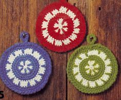 NEW! Circle Pot Holder crochet pattern from Gift Ideas & Great Ideas, Leaflet No. 2633.