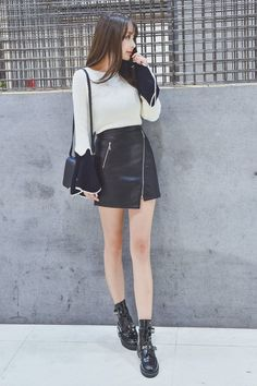 [Korean Fashion] Black Hip Irregular Bust Zipper Skirt SD01245