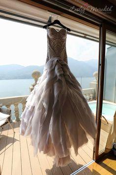 Lake Como Wedding Dress. #lakecomo #wedding #weddingdress #weddingplanner