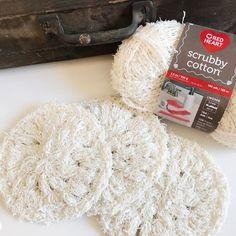 Simple Scrubby Pattern – Crochet By Ellen Crochet Kitchen, Crochet Home, Crochet Gifts, Crochet Yarn, Free Crochet, Crochet Flowers, Simple Crochet, Scrubby Yarn, Crochet Scrubbies