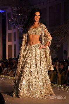 Katrina Kaif, Aditya Roy Kapoor are perfect show stoppers for Manish Malhotra